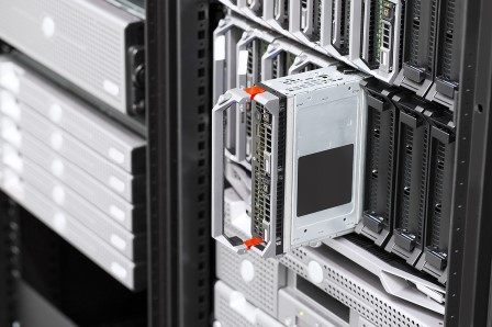 Server rack som visar uppgradering av server